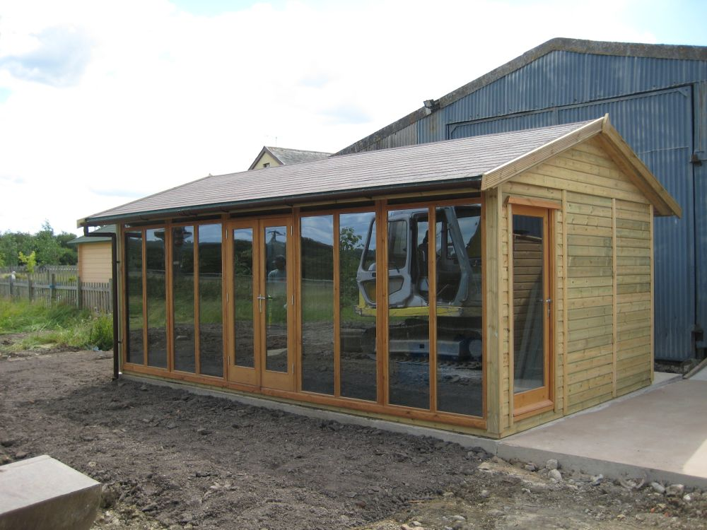 Warwick offices warwick garden offices uk garden shed for Contemporary garden office buildings